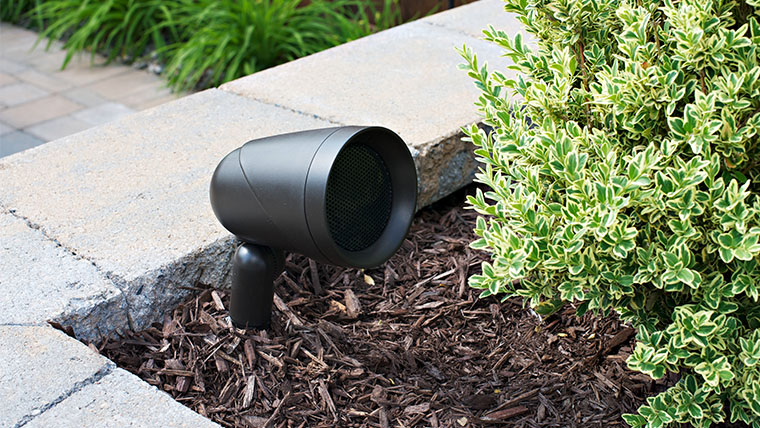 Sonance Landscape Series : Outdoor Speakers and Lighting