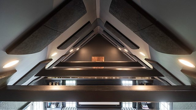 ceiling with sound isolation panels