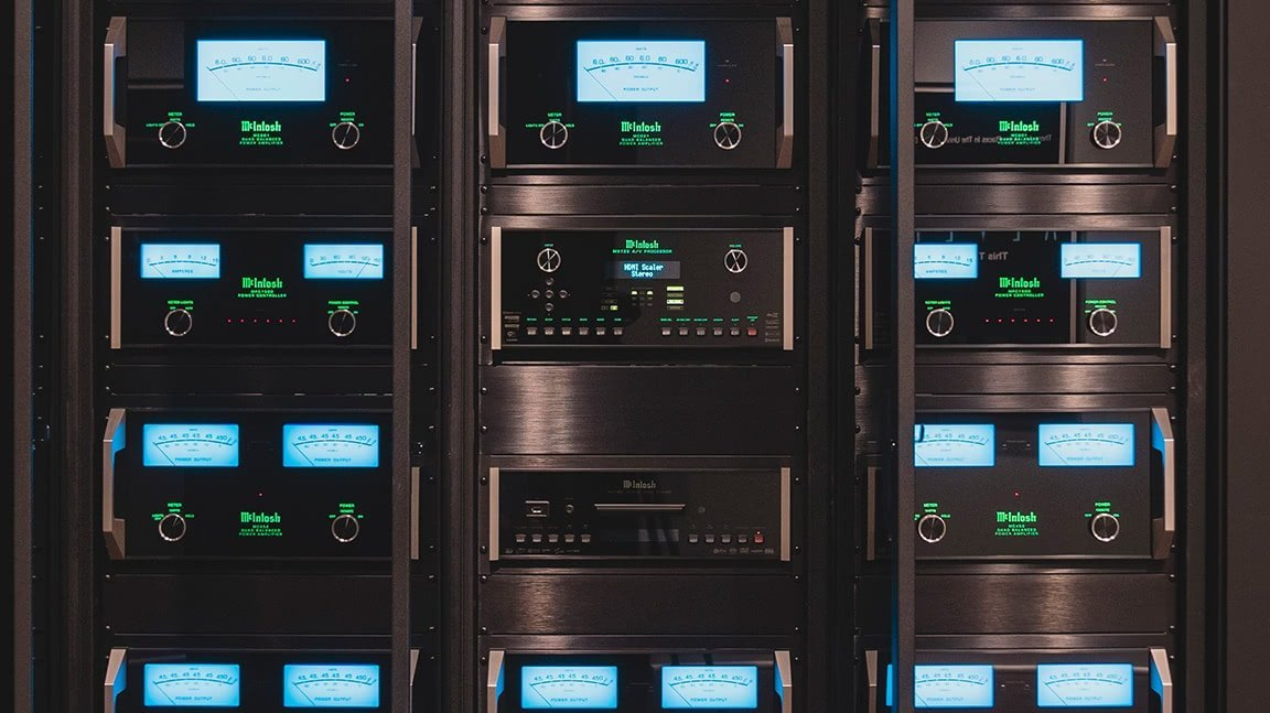Front View of McIntosh Rack