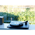 View Larger Image of Planar 1 Plus Turntable with Premounted Carbon MM Cartridge