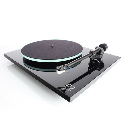 View Larger Image of Planar 2 Turntable