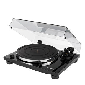 TD 201 Manual Two-Speed Turntable with Built-In Preamp