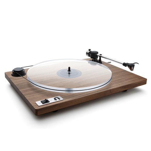 View Larger Image of Orbit Special Turntable with Built-In Preamplifier